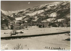 Valloire - le village en hiver dans les années 60