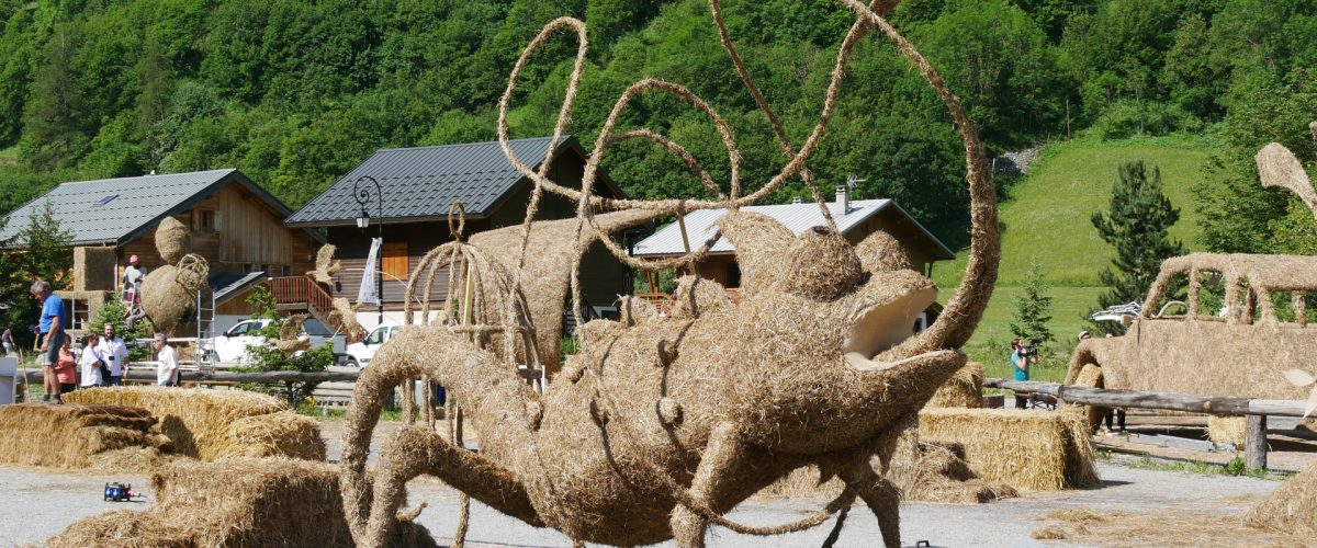 Sculpture sur Paille et Foin
