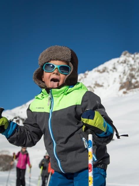 petit garçon en ski de fond à valloire
